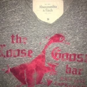 Abercrombie and Fitch Loose Goose Bar size M